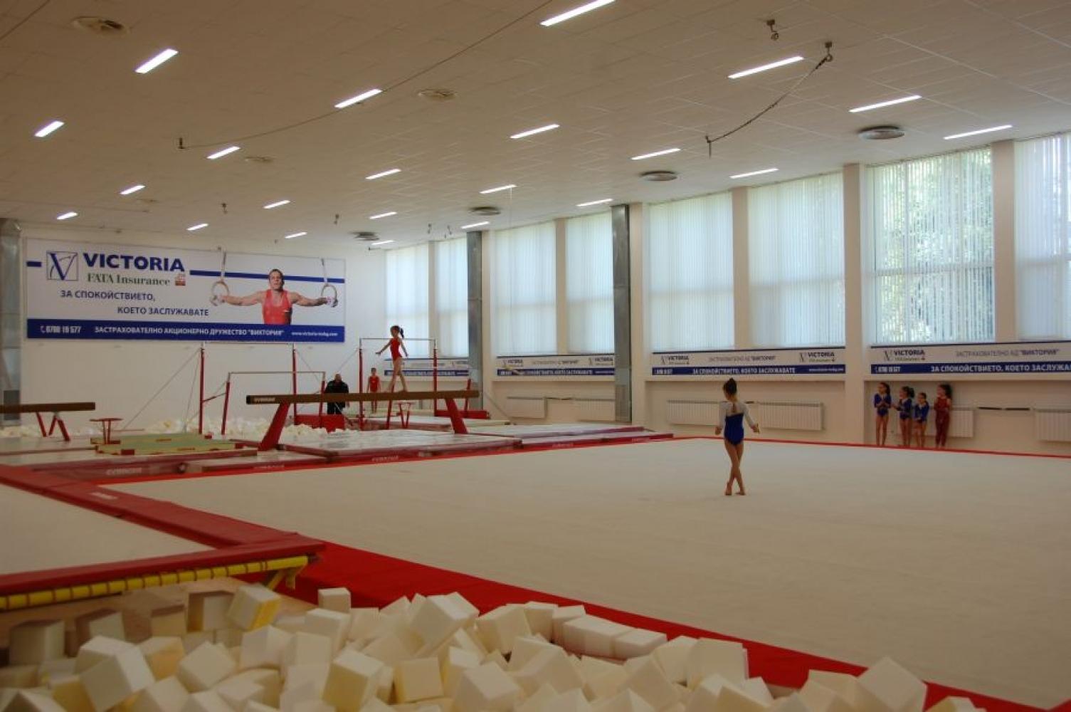 """Многофункционална спортна зала при стадион """"Раковски"""""""